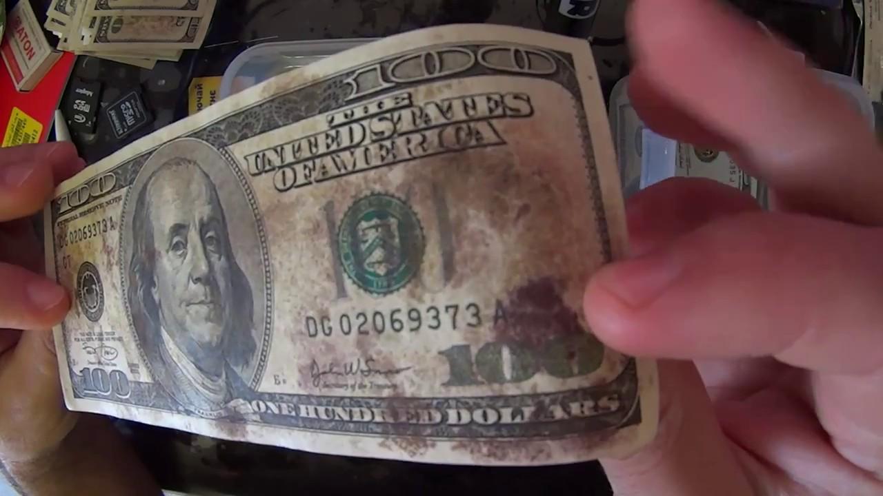 Что делать если доллары покрылись плесенью. Обмен ветхой валюты в Алматы. Как убрать плесень с долларов. Как удалить плесень с долларов. Очистить доллары.
